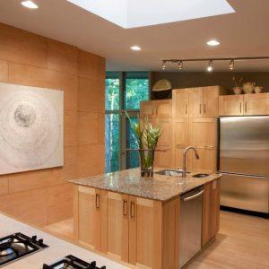 Отделка стен панелиями на кухне
