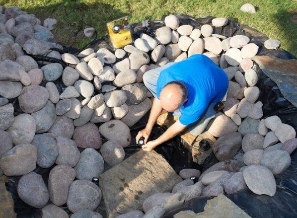 Установка оборудования в пруду