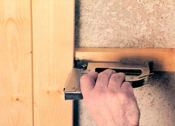 Монтаж деревянных панелей