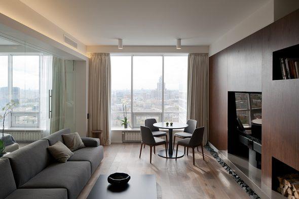 Дизайн небольшой гостиной с панорамными окнами
