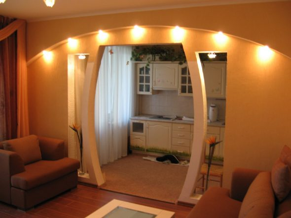 Уютная подсветка арки