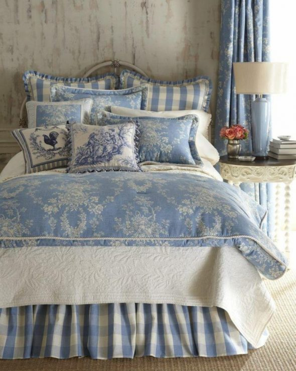Декор текстиля в стиле прованс