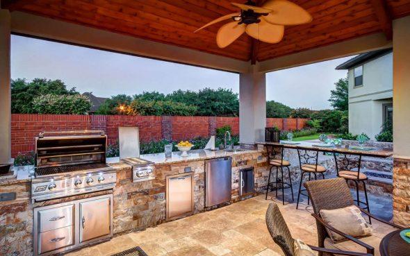 Патио с кухонной зоной