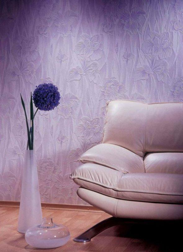 Текстурированные обои фиолетового цвета