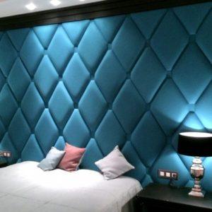 Отделка спальни стеновыми панелями
