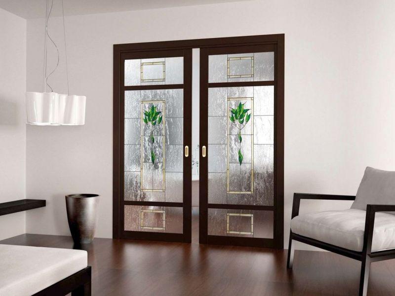 Раздвижные межкомнатные двери в интерьере квартиры: фото удачных вариантов