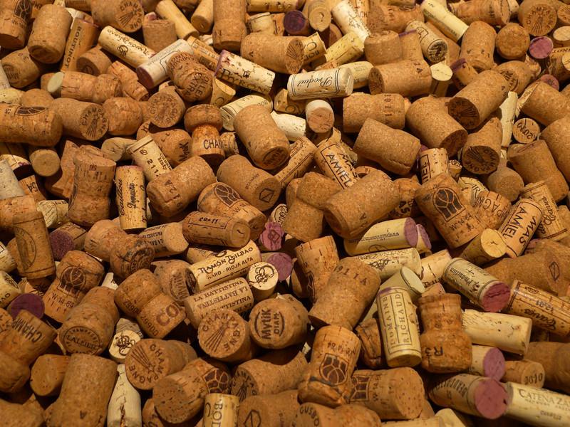 Подборка фото поделок из пробок от вина своими руками