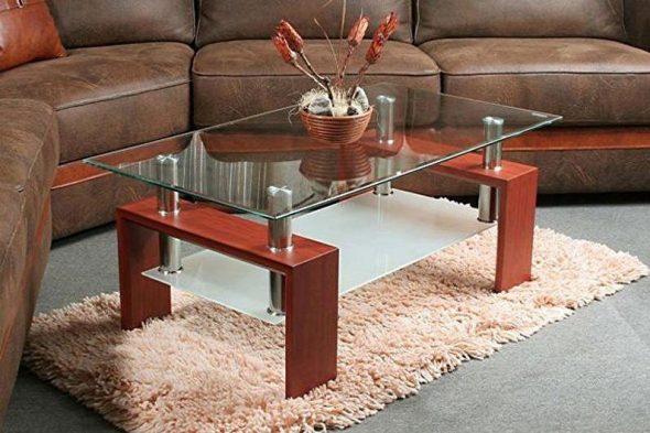 Журнальный столик из стекла прямоугольной формы
