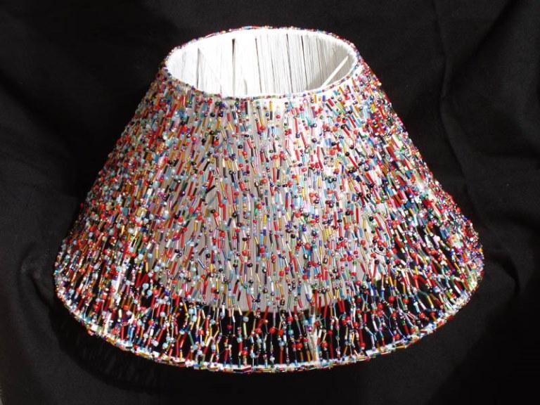 Как сделать абажур своими руками для торшера: из ниток, ткани, платков и бисера