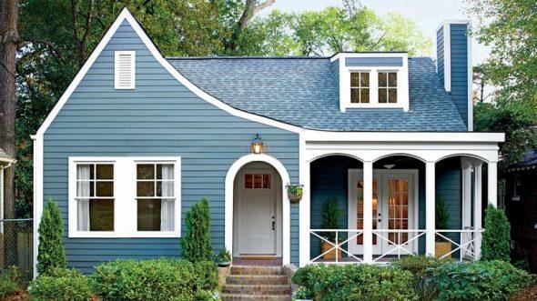 Синяя крыша и стены