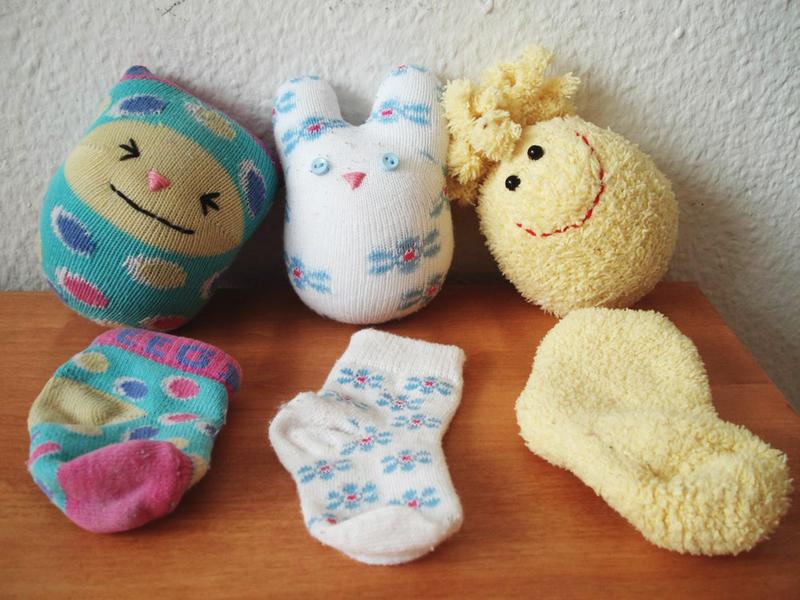Поделки из носков своими руками для начинающих: идеи и фото