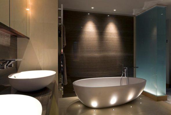 Зонирование освещением в ванной комнате