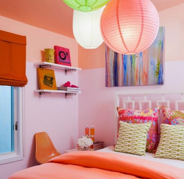 Сиреневый и персиковый цвет в детской
