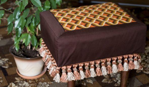Пуфик с текстильным верхом