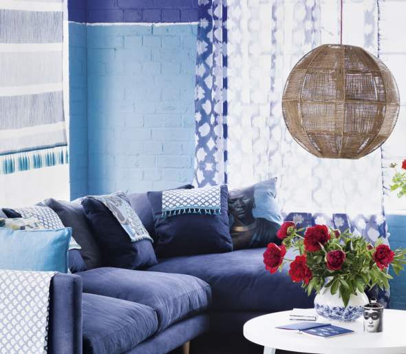 Цвет индиго в дизайне мебели и аксессуаров