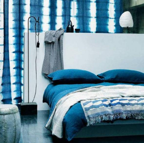 Морской оттенок в интерьере спальни