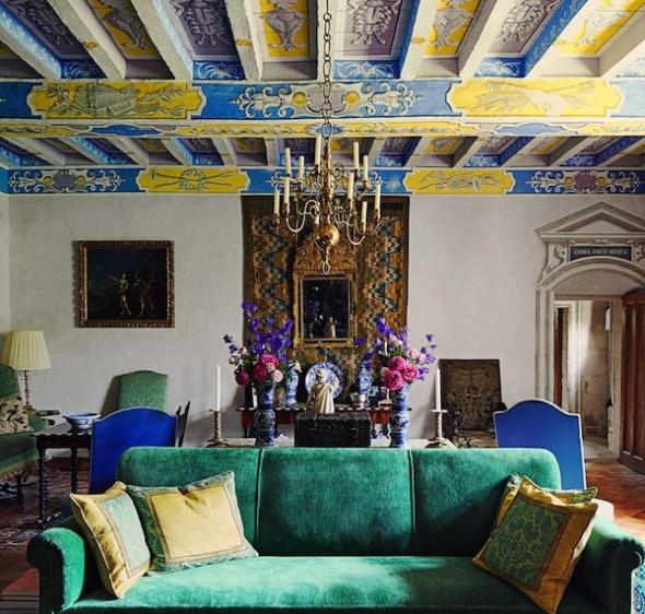 Яркий потолок в стиле бохо