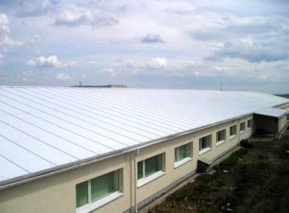Крыша из сэндвич-панелей