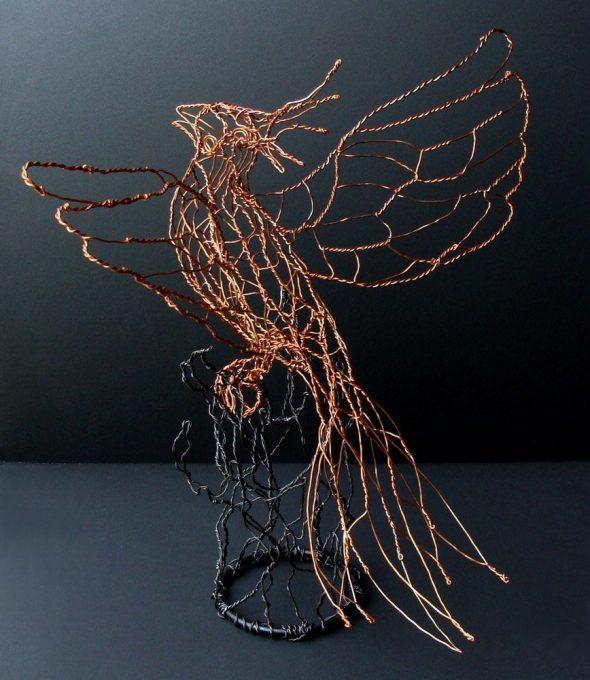 Поделка «Птица» из проволоки