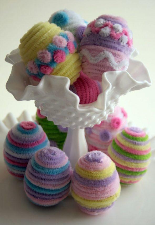 Декоративные пасхальные яйца из проволоки