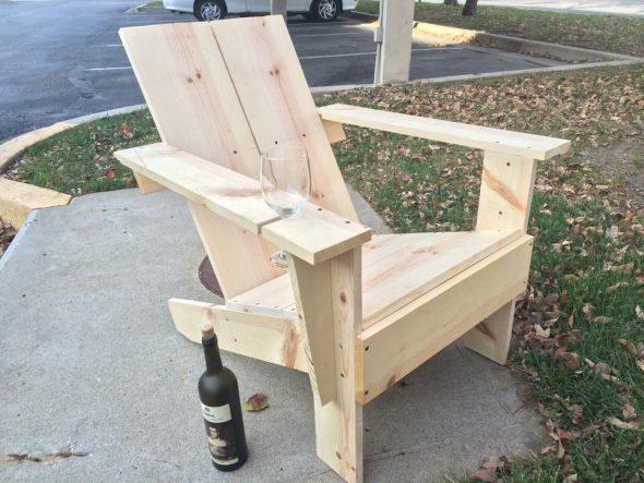 Самодельное кресло из досок