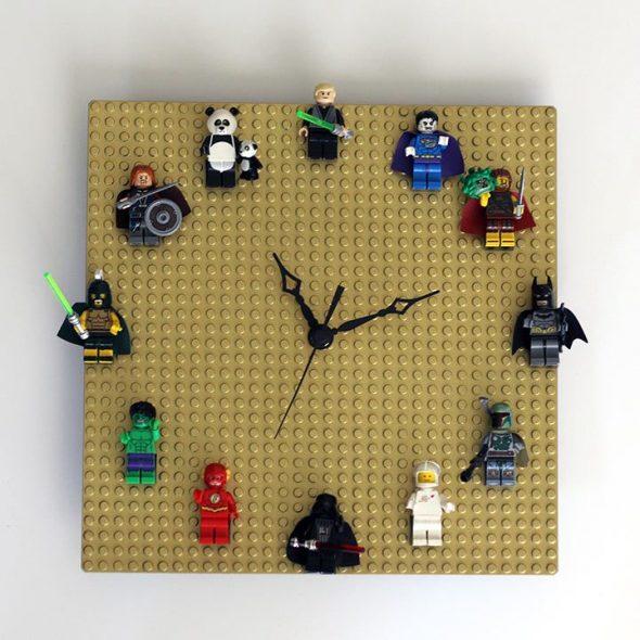 Настенные часы из конструктора