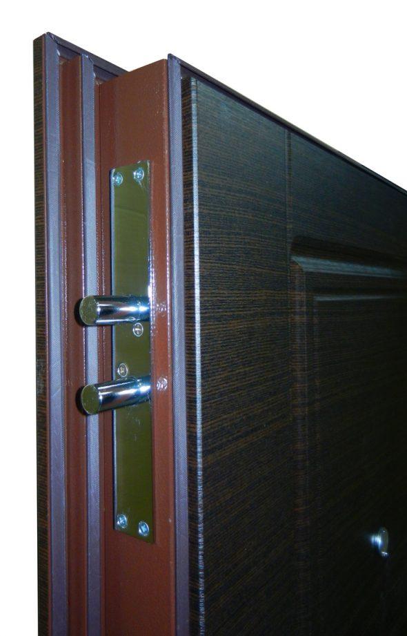 Девиатор на входной двери