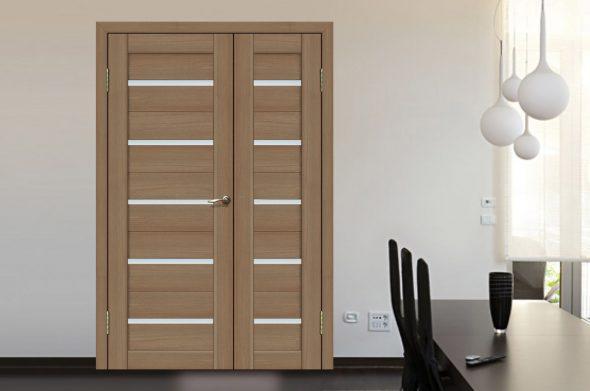 Асиметричная двустворчатая распашная дверь