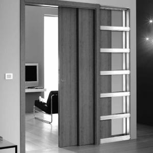 Раздвижная дверь с двумя дверными полотнами