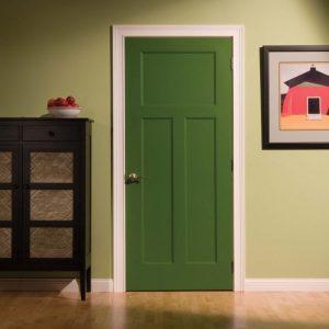 Темно-зелёная дверь