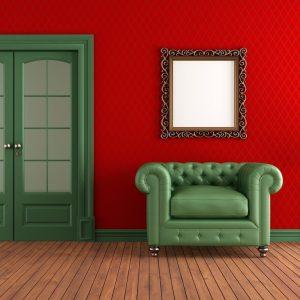 Двустворчатая дверь травяного цвета