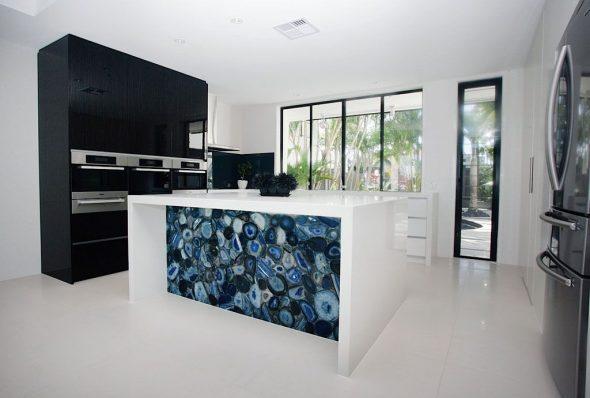 Декоративная каменная панель для декора кухни