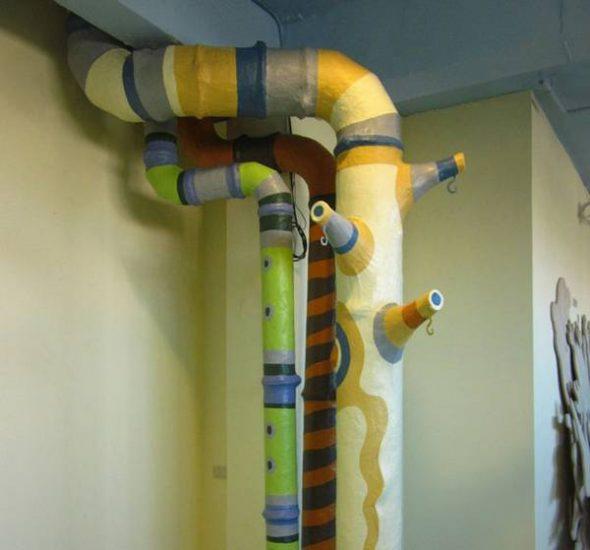 Декорирование газовой трубы на кухне
