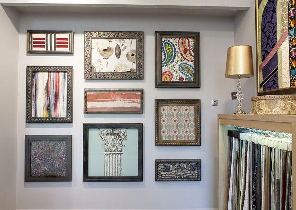 Декор стены тканью в рамках
