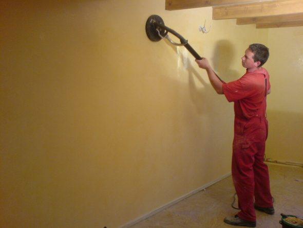Шлифовка стен машинкой