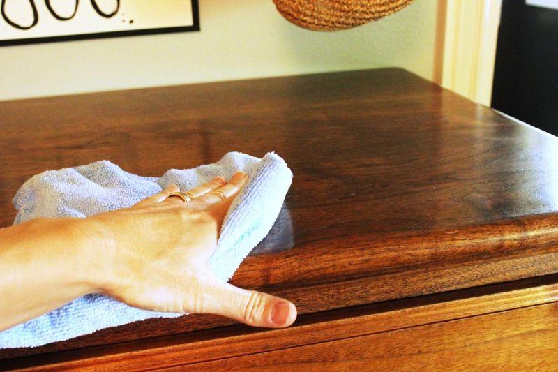 Как обновить полированную мебель своими руками: лучшие способы