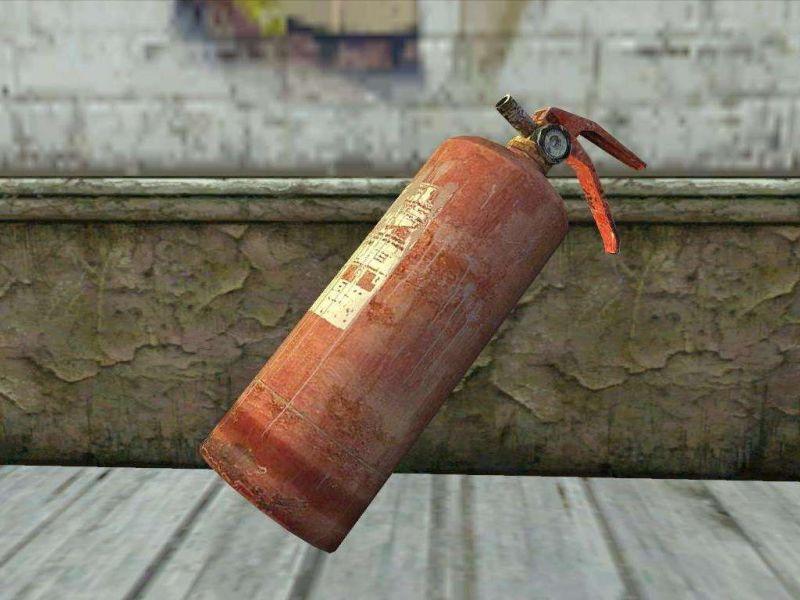 Как использовать старый огнетушитель в интерьере