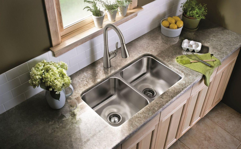 Как прочистить засор в раковине: 3 проверенных способа