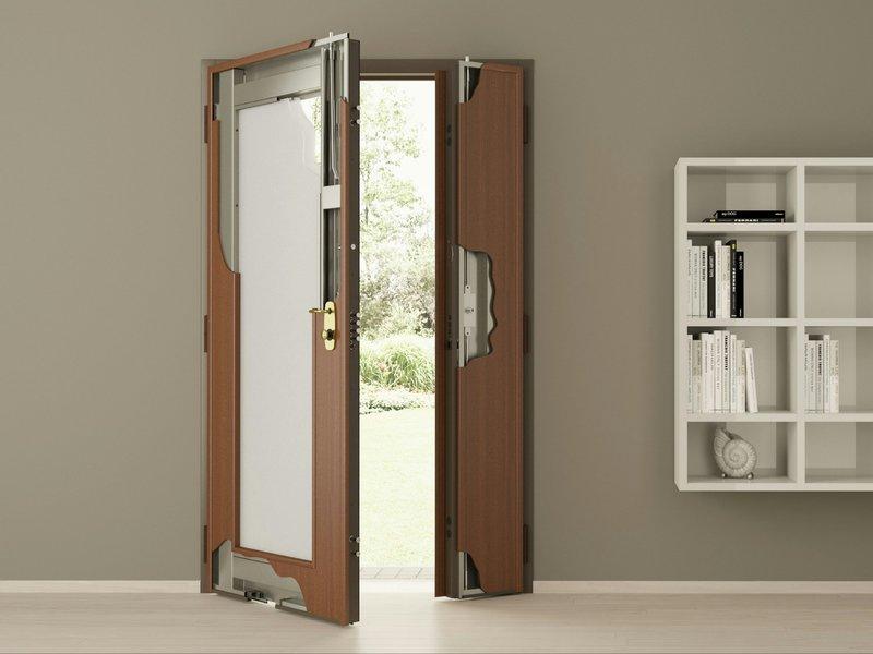 Как обновить своими руками входную дверь: идеи на фото