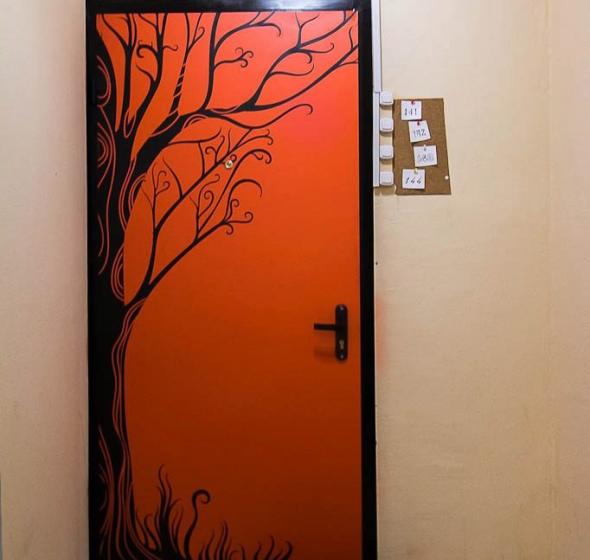 Роспись на входной двери