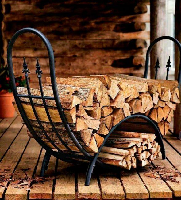 Кованая подставка для дров