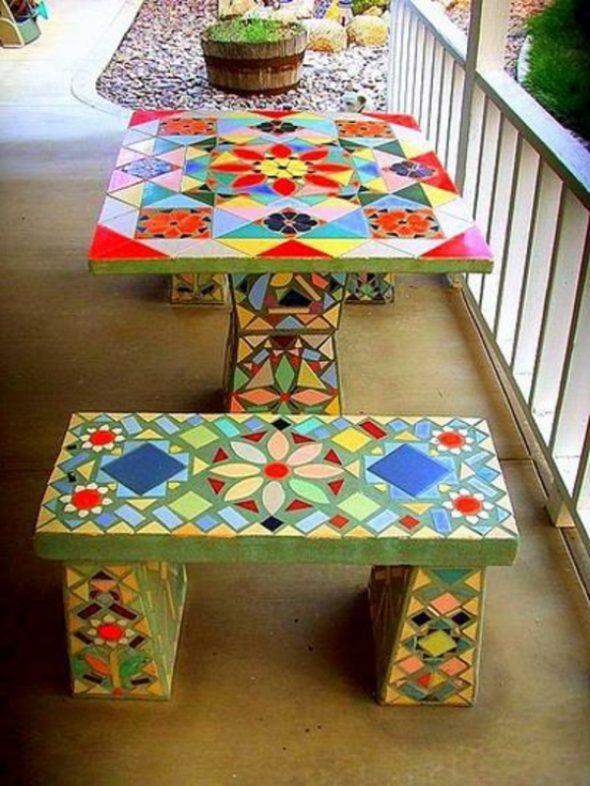 мебель облицованная старым кафелем