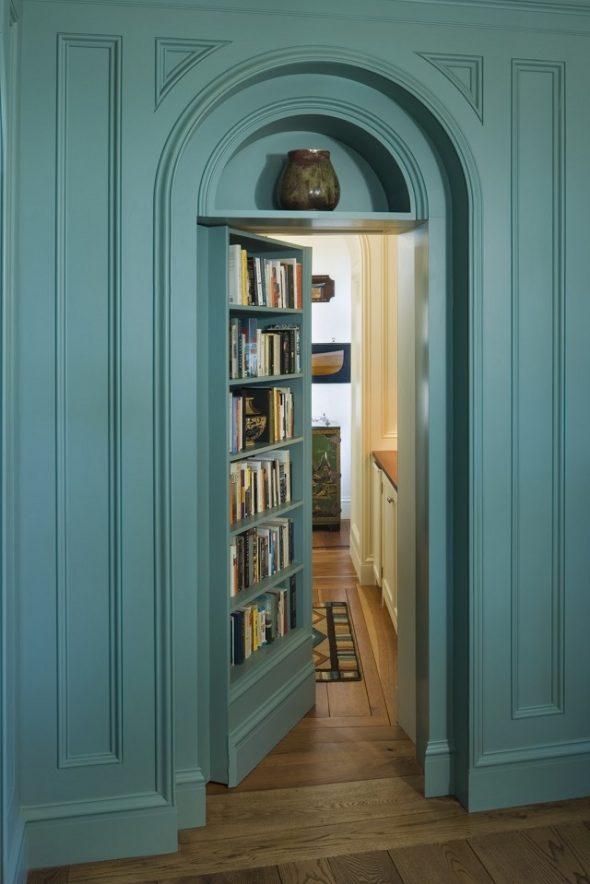 Дверь-книжная полка