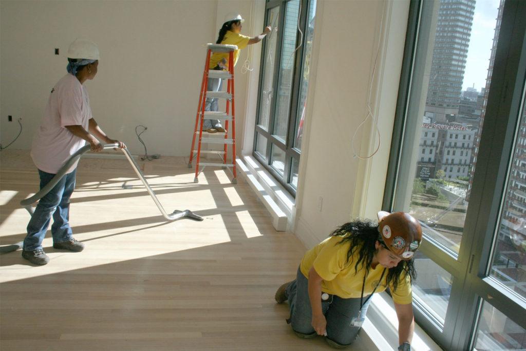 Как защитить поверхности при ремонте квартиры, коттеджа?