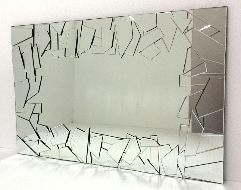 Как задекорировать трещину на зеркале своими руками: простые способы