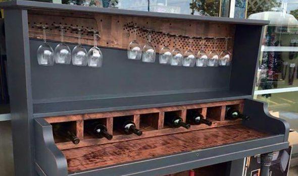 Поделка из пианино — винный шкаф