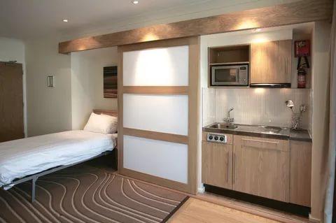Скрытое спальное место на кухне: примеры оформления