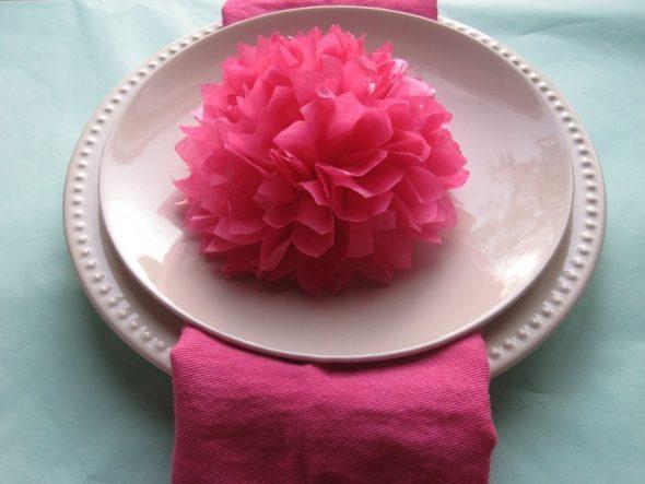 цветок из бумажных салфеток