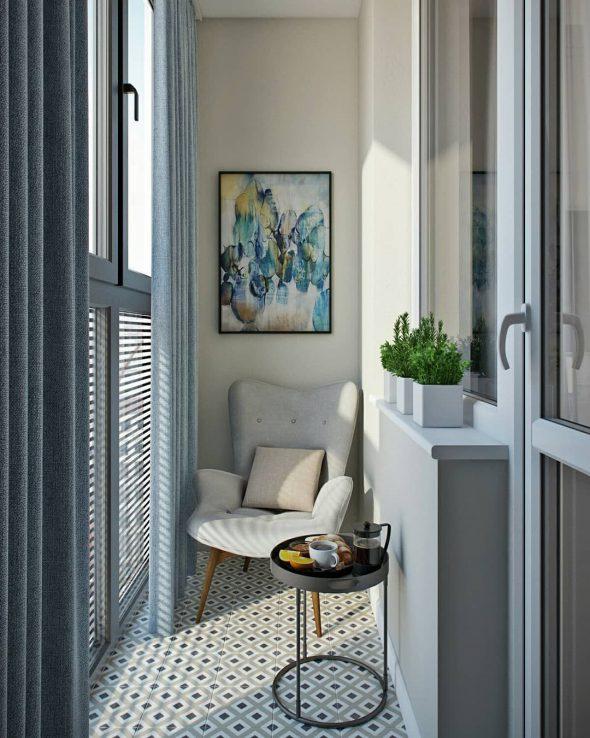 Кресло на балконе