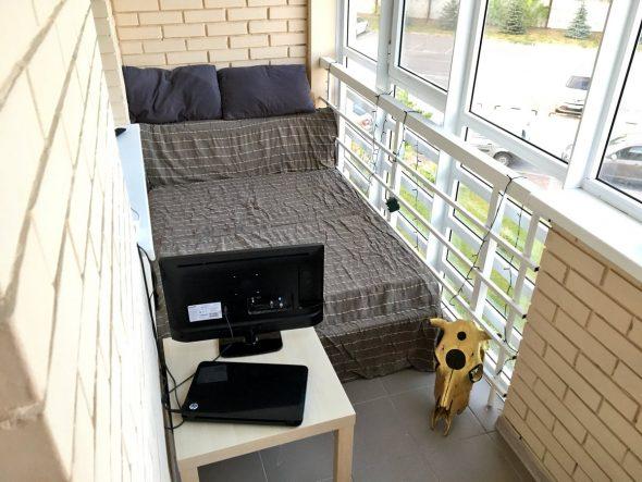 Спальное место на балконе
